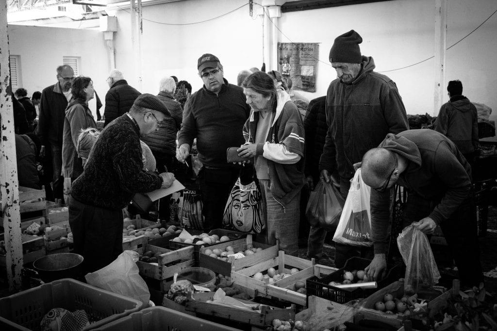 Sunday Market negotiations